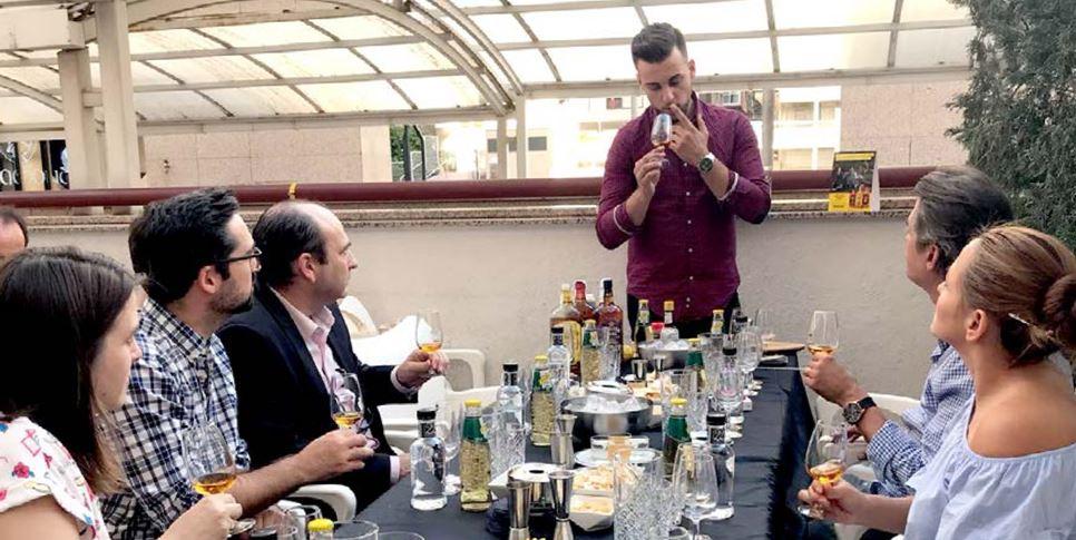 Cocteleria Moderna Mixologia, Los cócteles vuelven a estar de moda
